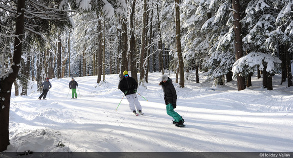 Family-Vacation_Winter-Activities